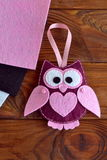 Felt owl toy. Children's toy. Kids crafts. Gift to the Valentine's Day, March 8, Mother's Day Stock Photos