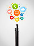 Felt pen close-up with social network icons Royalty Free Stock Photography