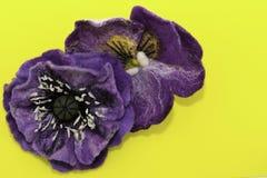 Feltro fatto a mano, fiori fotografie stock