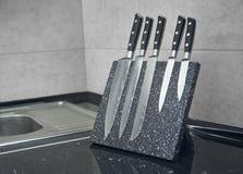 Fem av uppsättningen för kniv för damascus stål fotografering för bildbyråer