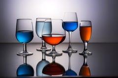 fem exponeringsglas wine Royaltyfri Fotografi