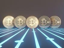 Fem faktiska mynt Bitcoins på bräde för utskrivaven strömkrets illustration 3d Royaltyfri Bild