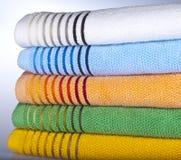 fem handdukar Arkivfoto