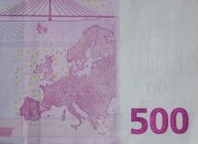 Fem hundratals 500 eurosedlar Arkivbild