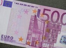 Fem hundratals 500 eurosedlar Royaltyfri Bild