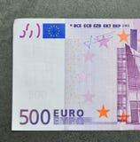 Fem hundratals 500 eurosedlar Royaltyfri Fotografi