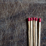 fem matches Arkivfoton
