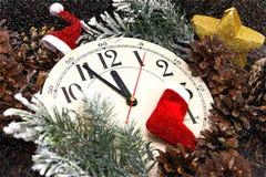 fem minuter till tolv nytt år Arkivfoto