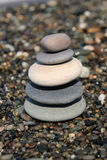 fem pebbles Arkivbilder