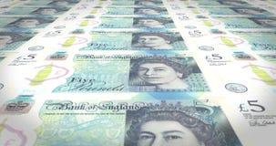 Fem pund ett pund sterling av England banksedlar som rullar på skärmen, pengar, ögla lager videofilmer