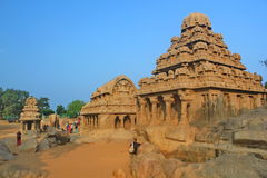 Fem Rathas på Mahabalipuram, Indien Arkivfoton