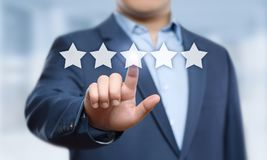 5 fem stjärnor som klassar begreppet för marknadsföring för internet för tjänste- affär för kvalitets- granskning det bästa arkivbild