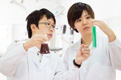 Asian female scientists in lab Royalty Free Stock Images