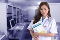 Female doctor with electronic health system. Royalty Free Stock Images
