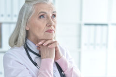 Female doctor with stethoscope Stock Photography