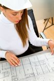 Female Engineer with a model Royalty Free Stock Photos
