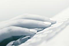 female hand typing стоковое фото