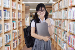 Female high school student in library Royalty Free Stock Photography