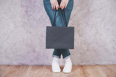 Female holding blank shopping bag Royalty Free Stock Images
