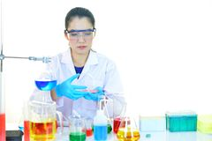 Female lab technician in laboratory Royalty Free Stock Photography