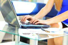 Female learner typing on the keyboard Royalty Free Stock Photos