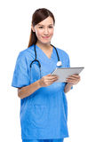 Female medical doctor hold clipboard Stock Photos