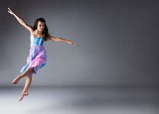 Female modern dancer Royalty Free Stock Photography