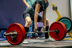 Female powerlifter preparing for deadlift Royalty Free Stock Images