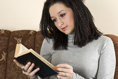 Female reading a book Royalty Free Stock Images