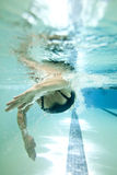 Female swimmer underwater Royalty Free Stock Photography