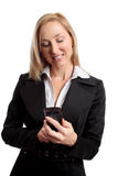 Femelle à l'aide du téléphone portable image stock