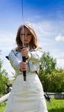 Femelle avec l'épée de samouraï Photo libre de droits