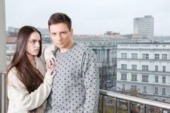 Femenino y masculino de lujo, amantes en terraza Phot de la forma de vida de la moda Imágenes de archivo libres de regalías
