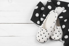 Feminine slippers and scarf Royalty Free Stock Images