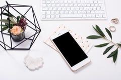 Free Feminine Tabletop Flatlay With Smartphone Mock-up Stock Photos - 86329363