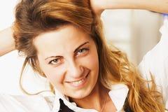 femininity Retrato da beleza de uma menina bonita nova com por muito tempo fotografia de stock