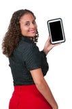 Femme à l'aide de la tablette Photographie stock libre de droits