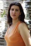 Femme à l'extérieur Photo stock