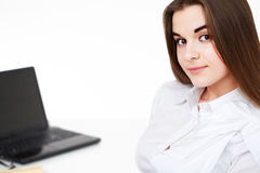 Femme à un bureau Photo libre de droits