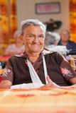 Femme âgée de sourire photos libres de droits