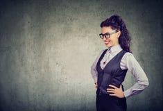 Femme élégante d'affaires en verres Image libre de droits