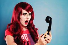Femme étonnée avec le bruit comique professionnel Art Makeup photos libres de droits