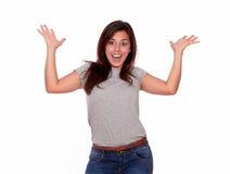Femme étonnée dans l'excitation avec des bras  images stock