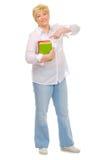 Femme aîné avec des livres Image stock