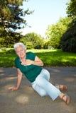 Femme aîné avec douleur de coeur Photos stock