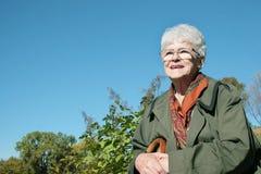 Femme aînée de sourire photo libre de droits