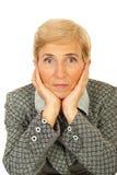 Femme aînée triste d'affaires Image stock