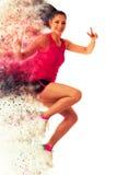 Femme active faisant l'aérobic pour une cardio- danse de formation Images libres de droits