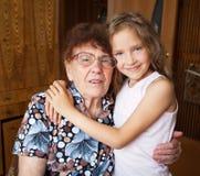 Femme agée avec l'arrière-petit-fils Photo libre de droits