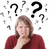 Femme agée semblant confuse Photo libre de droits